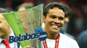 AC Milan Resmi Tandatangani Kontrak Carlos Bacca