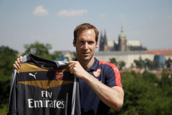Pemain Muda Inggris Ini Anggap Mental Juara Cech Penting Bagi Arsenal