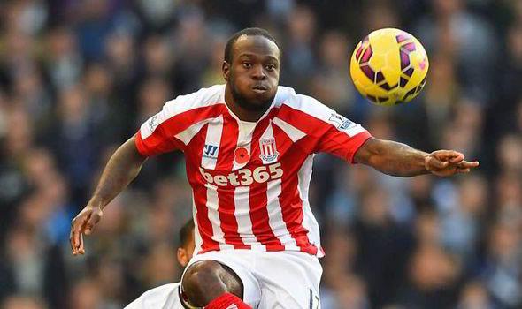 Tottenham Ajukan Tawaran 8 Juta Pound untuk Moses