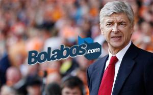 Wenger Akan Membuang Enam Pemain Sekaligus