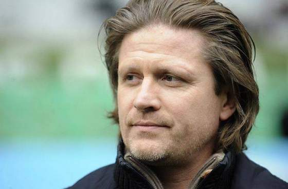 Legenda Emmanuel Petit Jagokan Arsenal Juarai Premier League