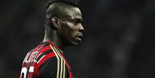 Balloteli bangga bisa kembali dengan Milan