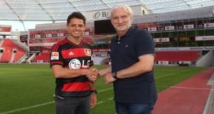 Bayern Leverkusen Resmi gaet Chicharito dari MU