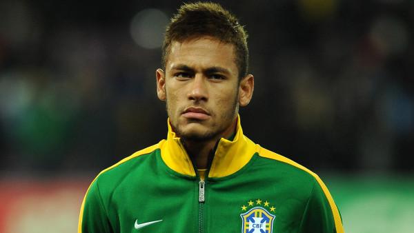 Alami Cedera Lutut, Neymar Harus Absen Latihan
