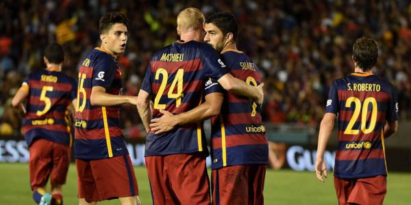 Barcelona Akan Datangkan Carlos Vela