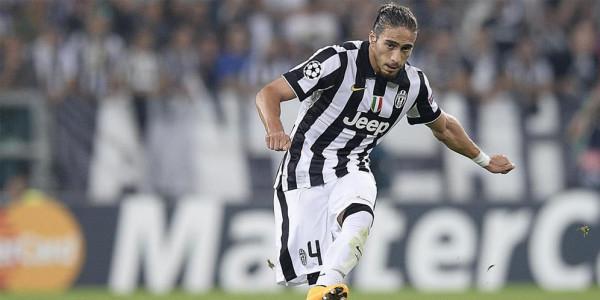 Mengemudi Sambil Mabuk, Juventus Hukum Martin Caceres