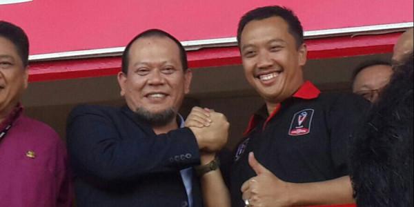 'Menpora Tetap Lanjutkan Reformasi Sepakbola Indonesia', Usai Jabat Tangan La Nyalla