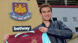 West Ham resmi gaet Nikicia Jelavic dari Hull City