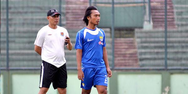 Hariono Bakal Absen Versus Sriwijaya FC di Final