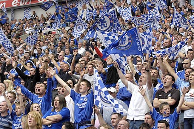 Pelatih Chelsea Memuji Suporter The Blues