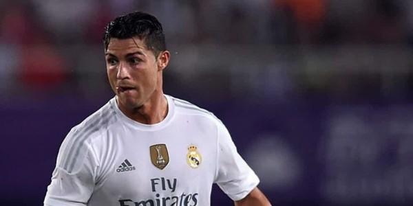Ronaldo Ingin Berkarir Enam Tahun Lagi