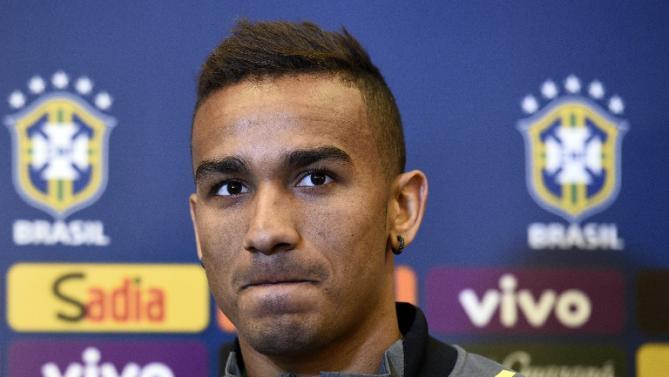 Bek Real Madrid : Pemain Madrid Harus Pantang Menyerah