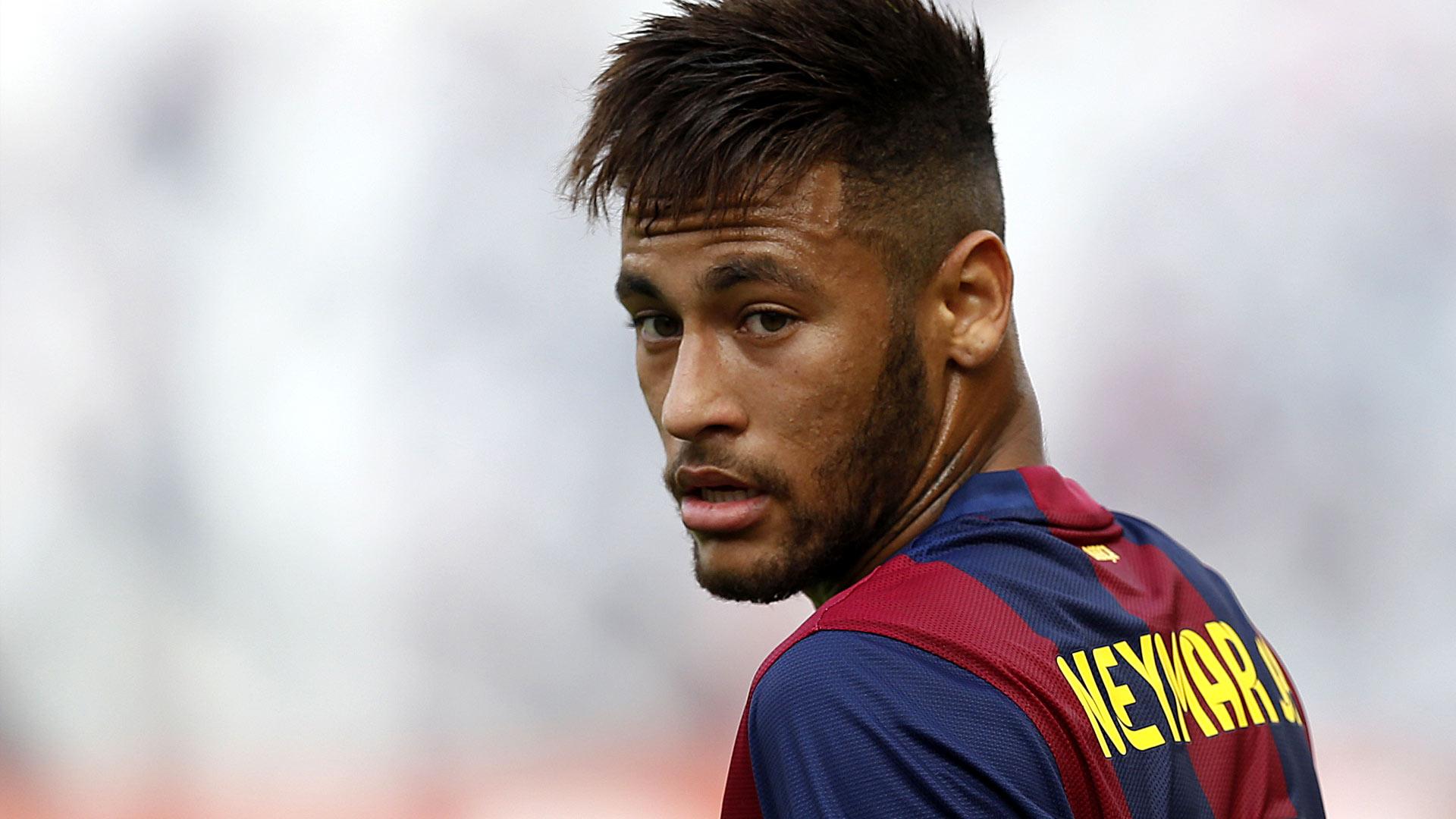Cole : Neymar Akan Sulit Cetak Gol jika Gabung United