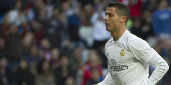 Ronaldo Geram dengan Fans Madrid