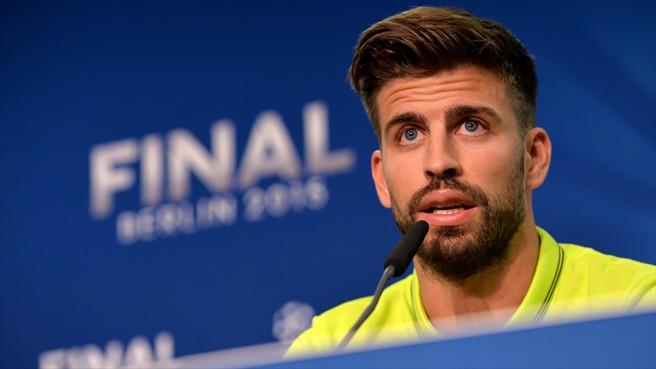 Bek Barcelona Ini Meledek Penggemar Espanyol