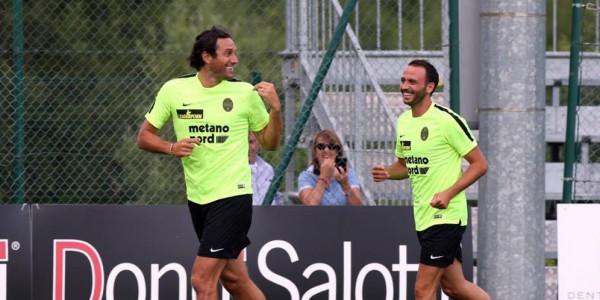 Toni dan Pazzini, Dua Ancaman Bagi Juventus