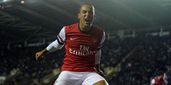 Theo Walcott siap jadi penyerang Arsenal