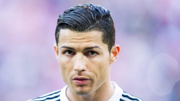 Menurut CR7, Messi Yang Akan Dapat Ballon d'Or