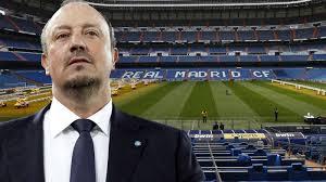 Steven Gerrard Beri Masukan ke Benitez Agar Sukses di Madrid
