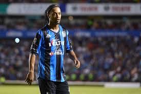 Dikaitkan Pensiun, Ini Jawaban Ronaldinho