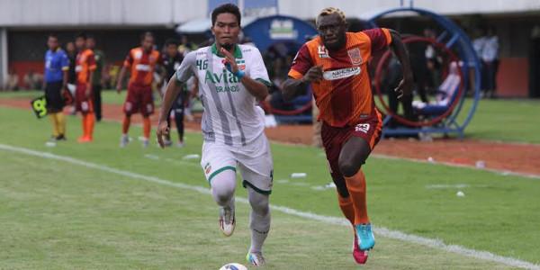 Dua Pemain Surabaya United Batal Gabung Persiba